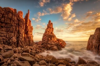 Beverley Van Praagh - The Pinnacles Phillip Island (Merit)